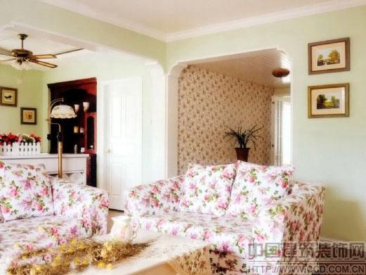 碎花沙发浅绿色背景墙 晒欧式田园风格装修